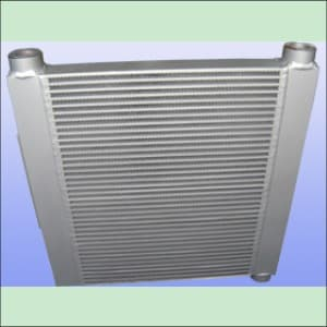 设计成多股流体同时换热的特殊用途