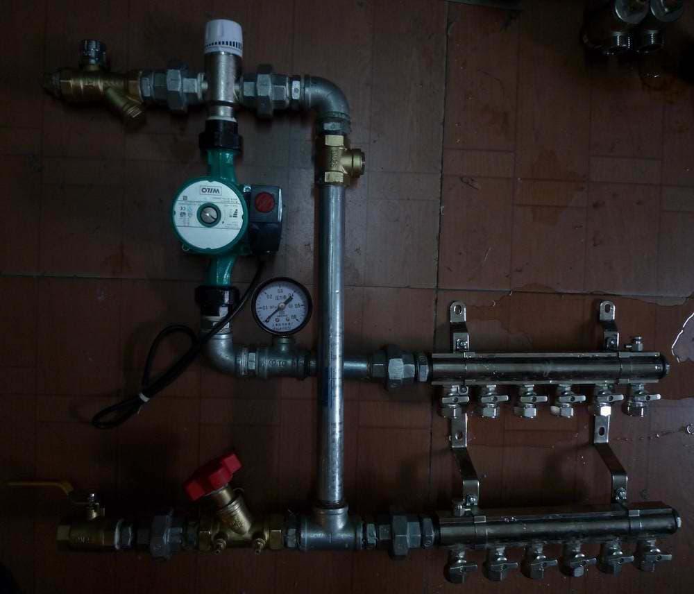 地暖恒温混水装置