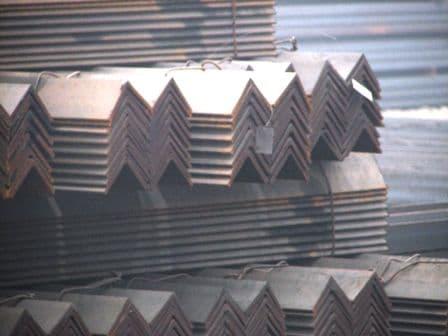 供应 Q235C角钢/槽钢
