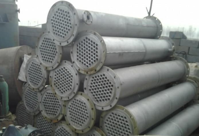 出售两台二手螺纹管不锈钢冷凝器