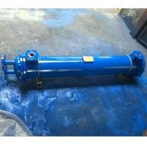 进出水油口配法兰的GLL25管式冷却器价格a